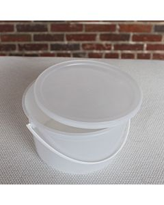 Plastic Tub Gallon w Lid